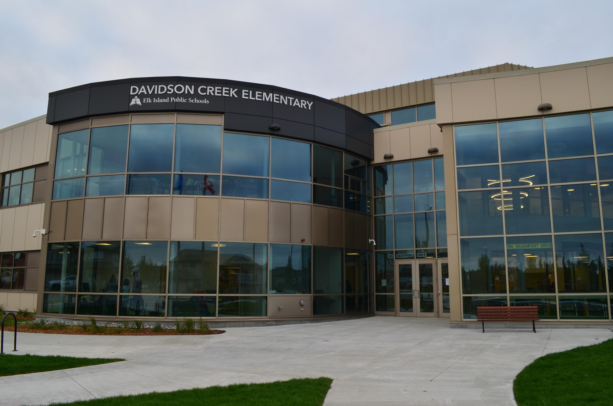 EIPS celebrates the grand opening of Davidson Creek Elementary | Elk